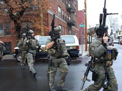 """Photo of مقتل 6 أشخاص في تبادل لإطلاق النار في """"نيوجيرسي"""" الأمريكية"""