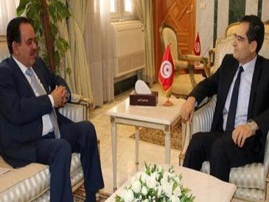 Photo of وزير الشؤون الخارجية التونسي يجتمع مع سفير دولة قطر
