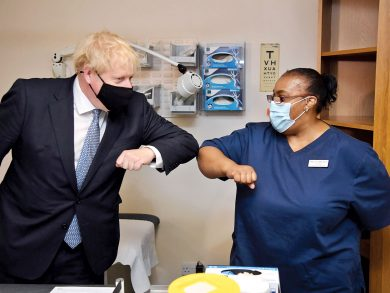 Photo of بريطانيا ستتخطّى أزمة كورونا بحلول منتصف 2021
