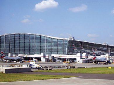 Photo of مطار هيثرو يطالب بفحص الركاب
