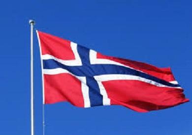 Photo of المواطنون في النرويج يحتفلون بانتهاء العمل بإجراءات مكافحة فيروس كورونا