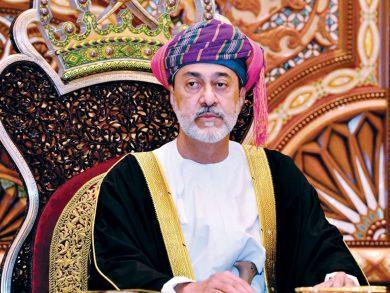 Photo of سلطان عمان يتلقى اتصالاً هاتفياً من الرئيس الإيراني المنتخب
