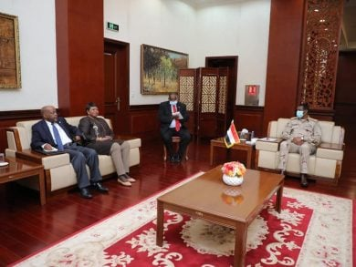 Photo of الحكومة السودانية تعرب عن استعدادها للتعاون مع محكمة الجنايات الدولية