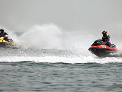 Photo of الدراجات المائية تشعل شاطئ كتارا