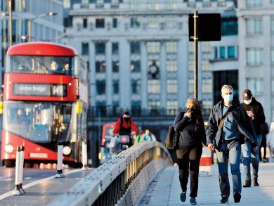 Photo of بريطانيا تخفف قيود كوفيد-19 على المسافرين الدوليين