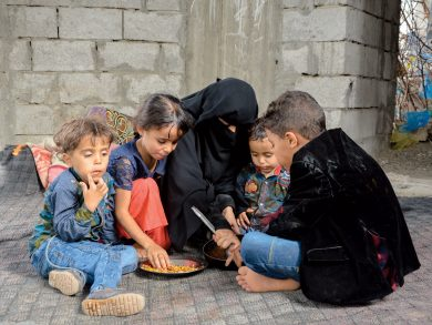 Photo of الأمم المتحدة: 2.3 مليون طفل باليمن قد يعانون من سوء التغذية الحاد خلال العام الحالي