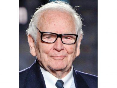 Photo of وفاة مصمم الأزياء الفرنسي بيير كاردان