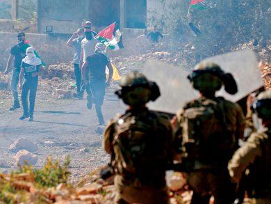 Photo of الاحتلال يعلن الحرب على نشطاء المقاومة الشعبية