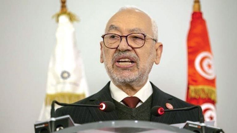 Photo of الغنوشي يطرح مبادرة لحل الأزمة السياسية