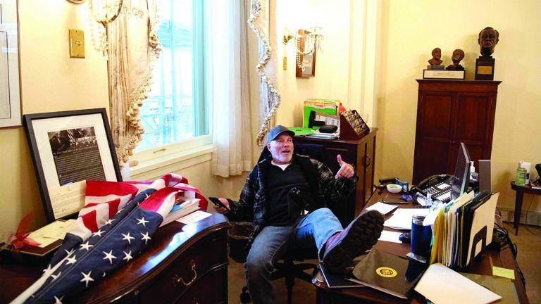 Photo of «الشيوخ الأمريكي» يبحث الإخفاقات الأمنية باقتحام الكابيتول