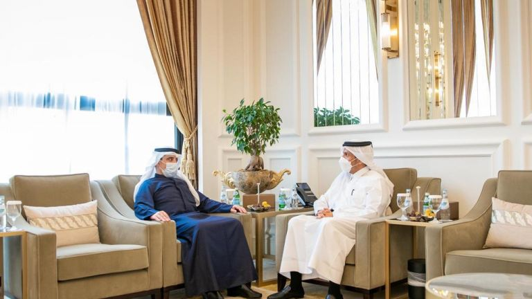 Photo of نائب رئيس مجلس الوزراء وزير الخارجية يجتمع مع وزير الخارجية الكويتي