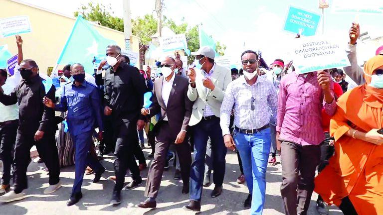 Photo of الصومال يحذر من أي تدخل خارجي في الانتخابات