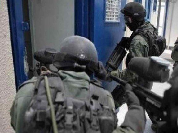 Photo of قوات الاحتلال تعتدي على الأسرى بسجن عوفر
