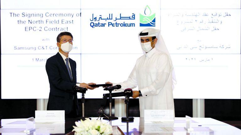 Photo of قطر للبترول تمنح عقدًا لبناء مرافق تخزين وتحميل الغاز