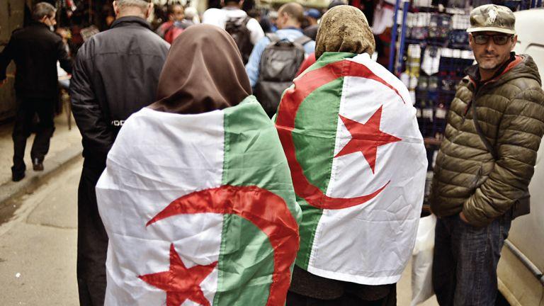 Photo of الجزائر: قبول 1483 قائمة للمشاركة بالانتخابات