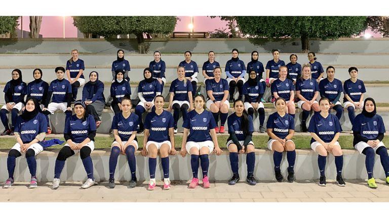 Photo of أكاديمية باريس سان جيرمان تدعم رياضة المرأة