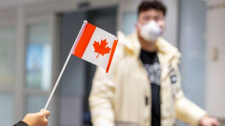 Photo of كندا تدرس فتح حدودها في سبتمبر