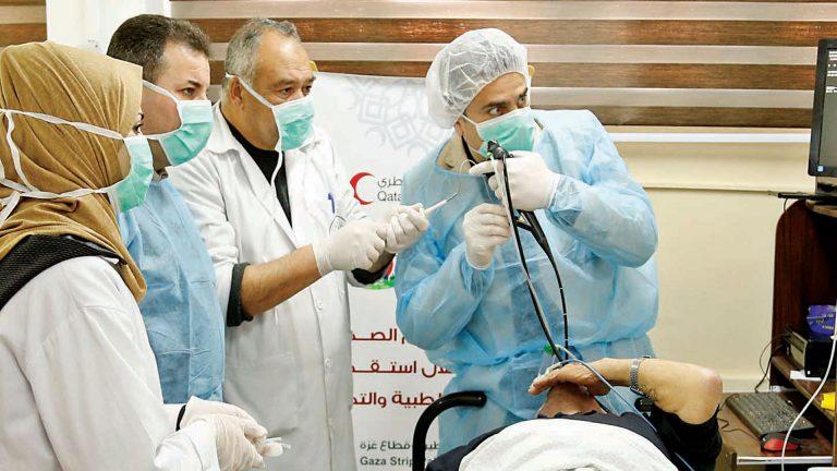 Photo of 10 فلسطينيين ينضمون لبرنامج المنح الطبية الأميرية