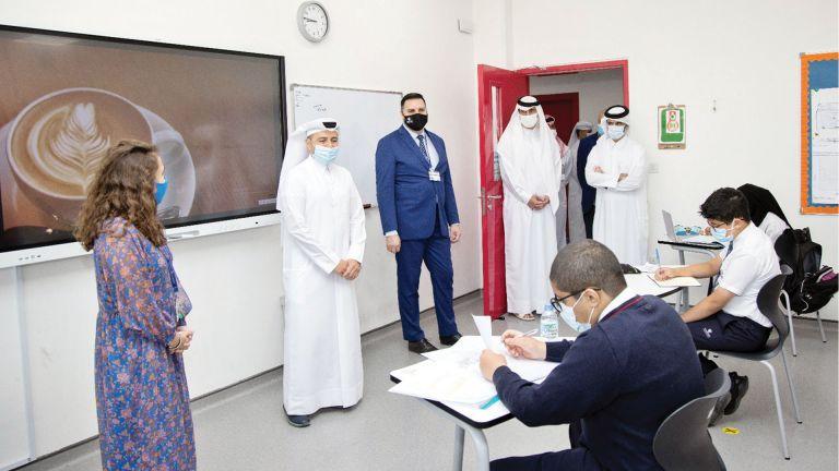 Photo of وزير التعليم يزور مدرسة هاملتون الدولية