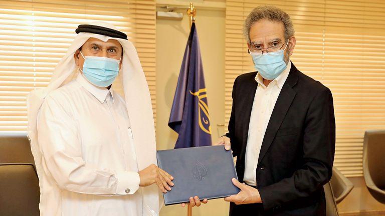 Photo of الجزيرة توقع مذكرة تفاهم مع الهلال الأحمر القطري