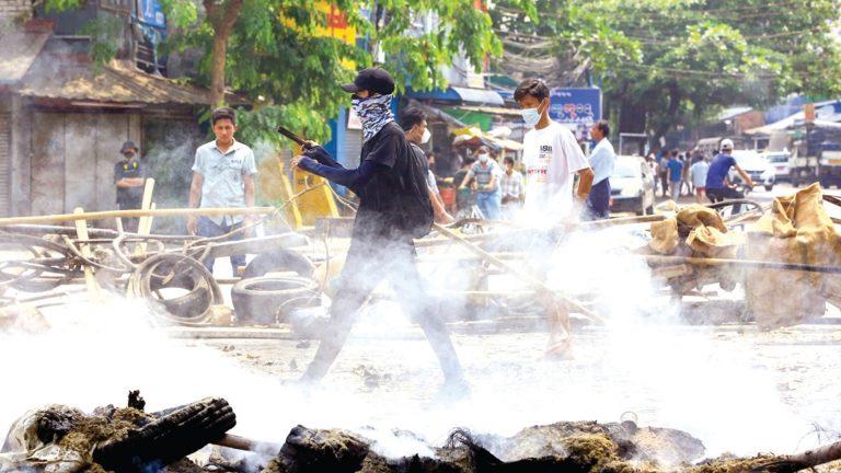 Photo of اتهام قوات الأمن الميانمارية بقتل 80 مُحتجًا في يوم واحد