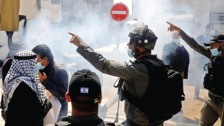 Photo of إسرائيل تتعمد تصعيد العدوان لتقويض عملية السلام