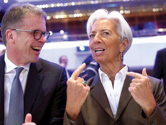 Photo of لاجارد تتكتم على استراتيجية المركزي الأوروبي