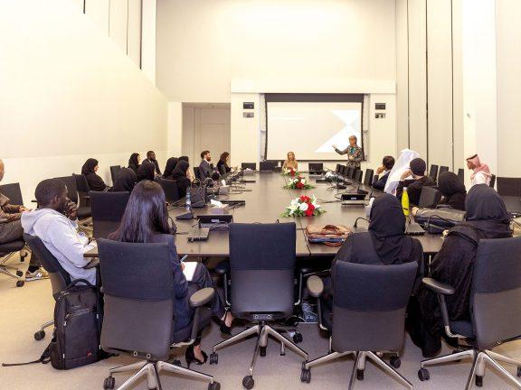 Photo of جامعة حمد بن خليفة تستقطب الطلاب لدراسة القانون