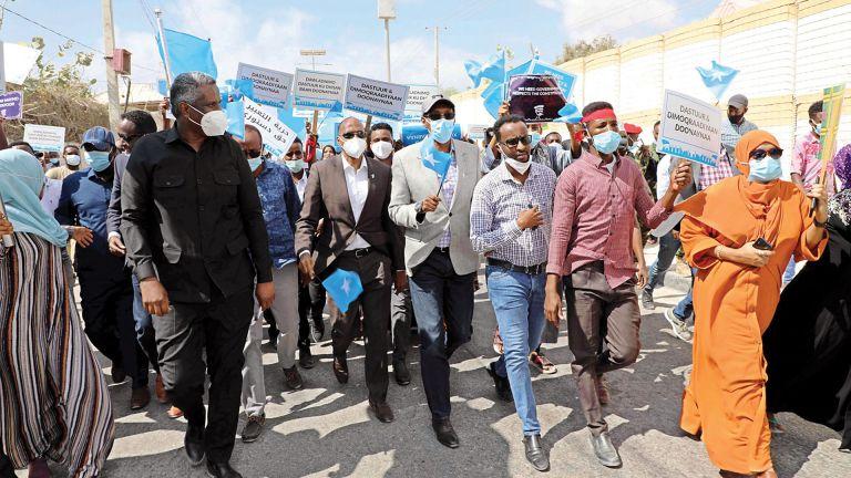 Photo of الصومال: انتخابات رئاسية غير مُباشرة 10 أكتوبر