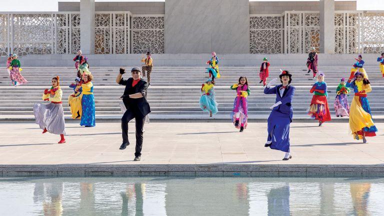 Photo of طلاب مؤسسة قطر يقدمون عروضًا مسرحية افتراضية