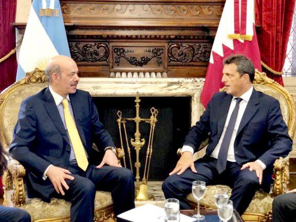 Photo of رئيس مجلس النواب الأرجنتيني يجتمع مع سفيرنا