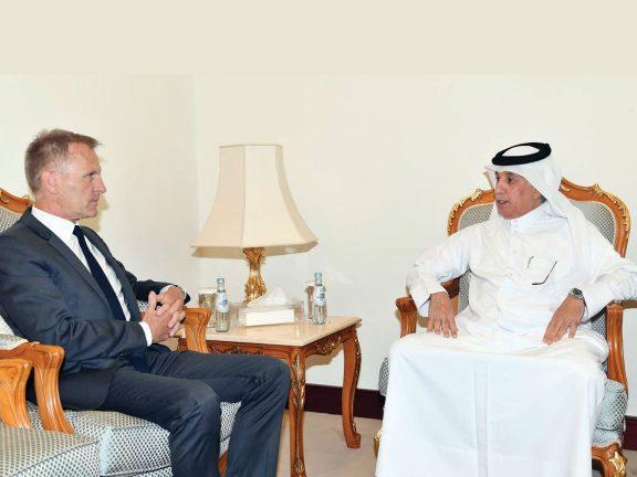 Photo of وزير الدولة للشؤون الخارجية يجتمع مع سفير ألمانيا