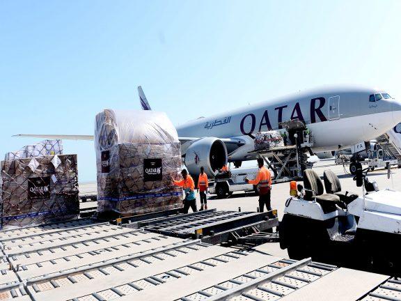 Photo of قطر تغيث العالم لمواجهة كورونا