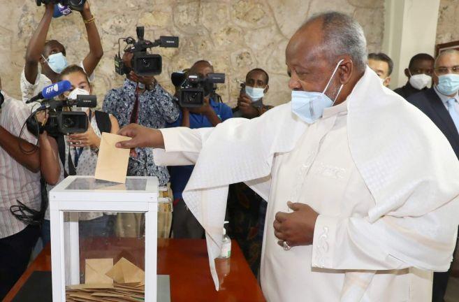 Photo of جيبوتي: إعادة انتخاب عمر جيله بنسبة 98.58% من الأصوات