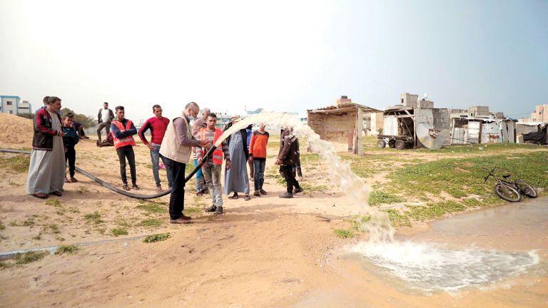 Photo of قطر الخيرية توفر المياه الصالحة لسكان خان يونس