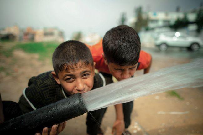 Photo of قطر الخيرية توفر المياه الصالحة للشرب بفلسطين
