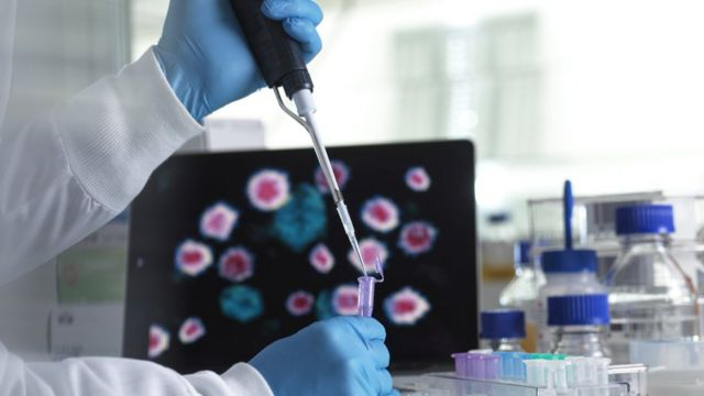Photo of لانسيت: اللقاحات ستكون فعالة ضد السلالة البريطانية