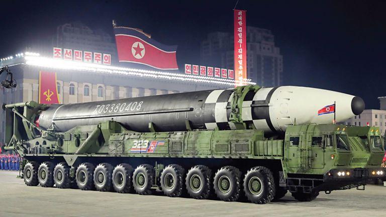 Photo of كوريا الشمالية ستمتلك 242 سلاحًا نوويًا
