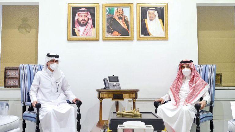 Photo of وكيل وزارة الخارجية السعودية يجتمع مع القائم بالأعمال القطري