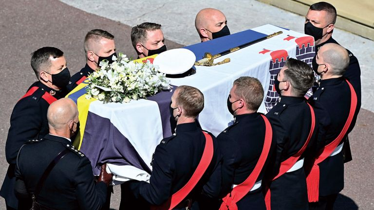Photo of بريطانيا تُشيع الأمير فيليب وسط إجراءات احترازية مشددة