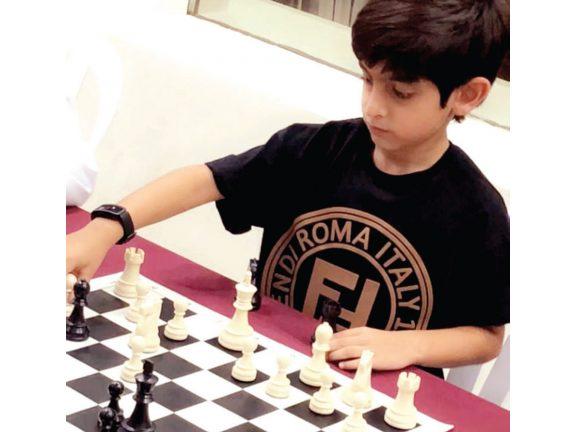 Photo of العمادي يتألق في دوري الشطرنج