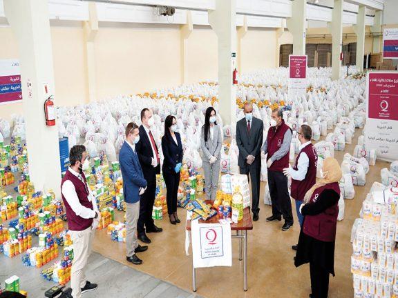 Photo of قطر الخيرية توزّع زكاة الفطر على مئات الآلاف