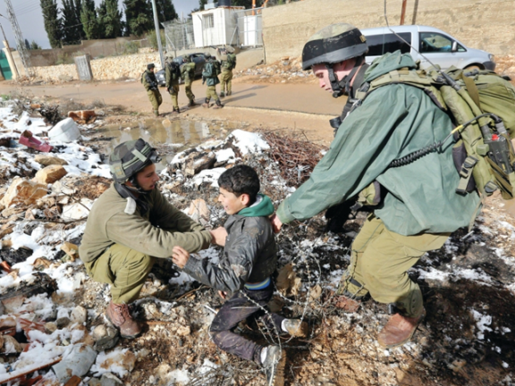 Photo of إسرائيل تقر بتسليم 192 طفلاً فلسطينياً للتبني في السويد