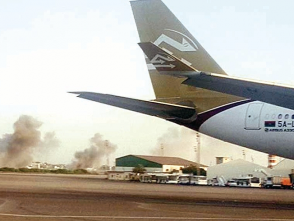 Photo of ليبيا: إعادة فتح مطار معيتيقة