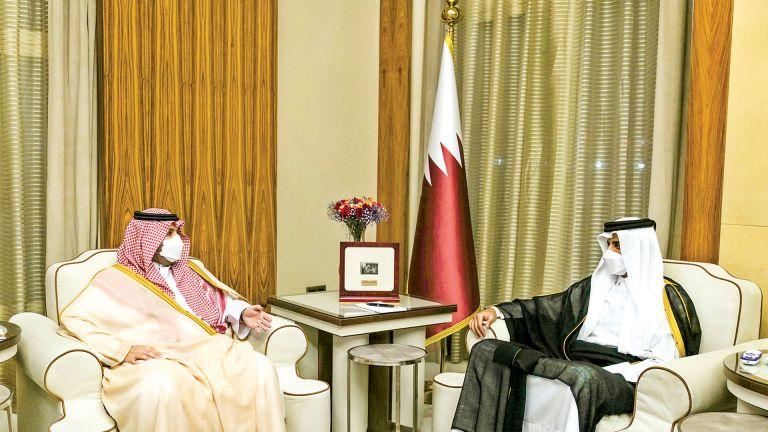 Photo of صاحب السمو يستقبل وزير الدولة عضو مجلس الوزراء السعودي