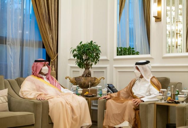 Photo of نائب رئيس مجلس الوزراء وزير الخارجية يجتمع مع وزير الدولة عضو مجلس الوزراء السعودي