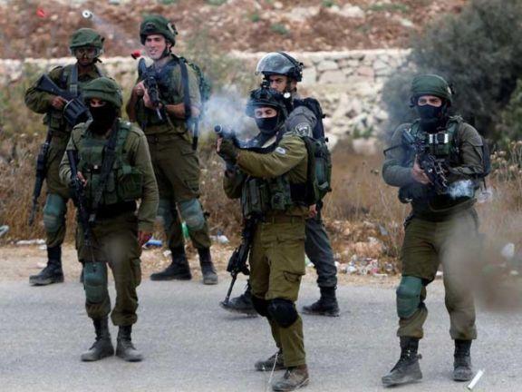 Photo of قوات الاحتلال الإسرائيلي تعتقل 4 فلسطينيين جنوبي قطاع غزة