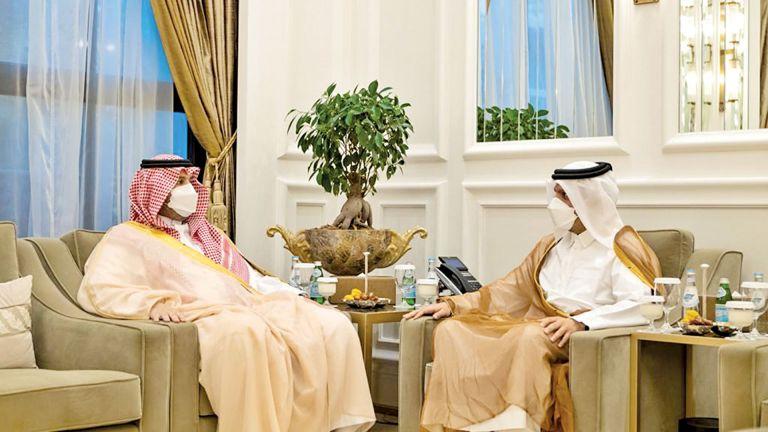 Photo of نائب رئيس الوزراء يجتمع مع وزير الدولة عضو مجلس الوزراء السعودي