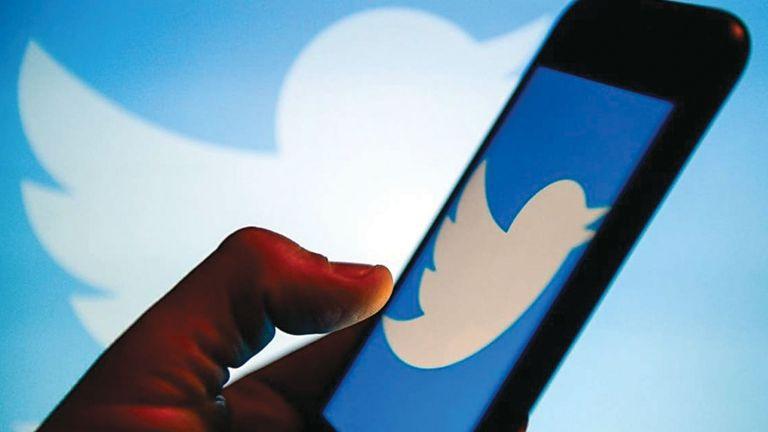 Photo of تويتر يختبر ميزة جديدة تقوم بحظر مؤقت للحسابات التي تستخدم عبارات مسيئة