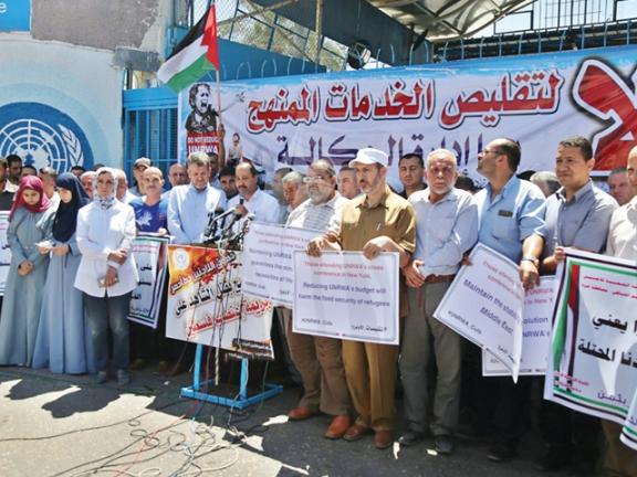 Photo of الأونروا: لن نوقف خدمة الشعب الفلسطيني